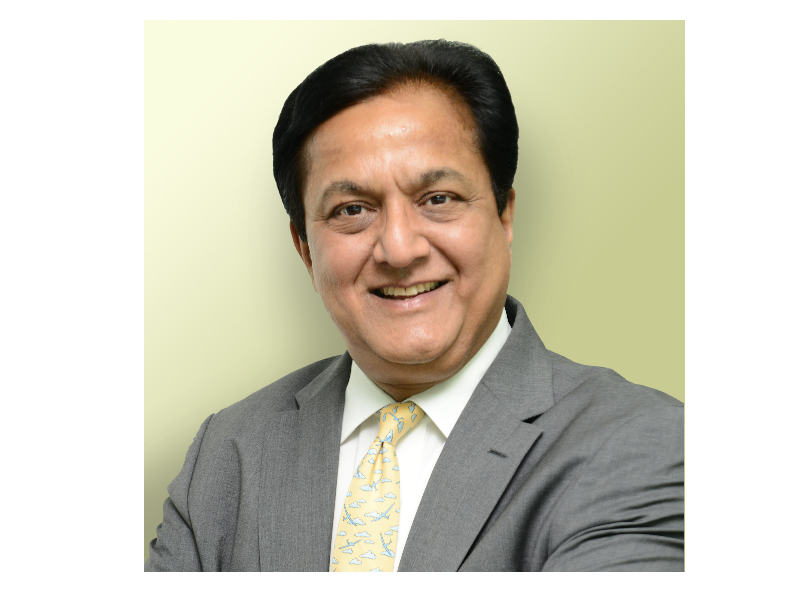 RANA KAPOOR FELICITATED WITH OUTSTANDING BRAND BUILDER AWARD BY AAAI
